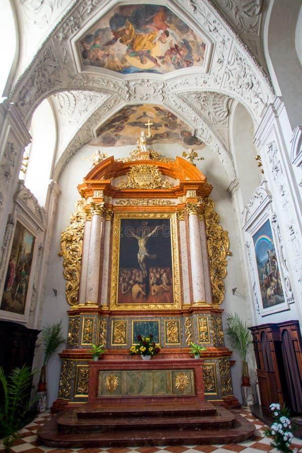 εσωτερικά jesuits Πράγα εκκλη&sig στοκ φωτογραφία με δικαίωμα ελεύθερης χρήσης