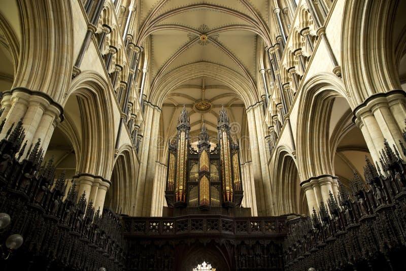 Εσωτερική άποψη οργάνων και χορωδιών του μοναστηριακού ναού Beverely από τη χορωδία, Beverley, ανατολική οδήγηση του Γιορκσάιρ, U στοκ εικόνες