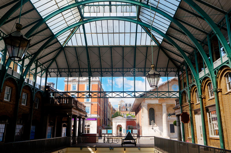 Εσωτερική αγορά κήπων Covent, Λονδίνο, Αγγλία στοκ εικόνα με δικαίωμα ελεύθερης χρήσης