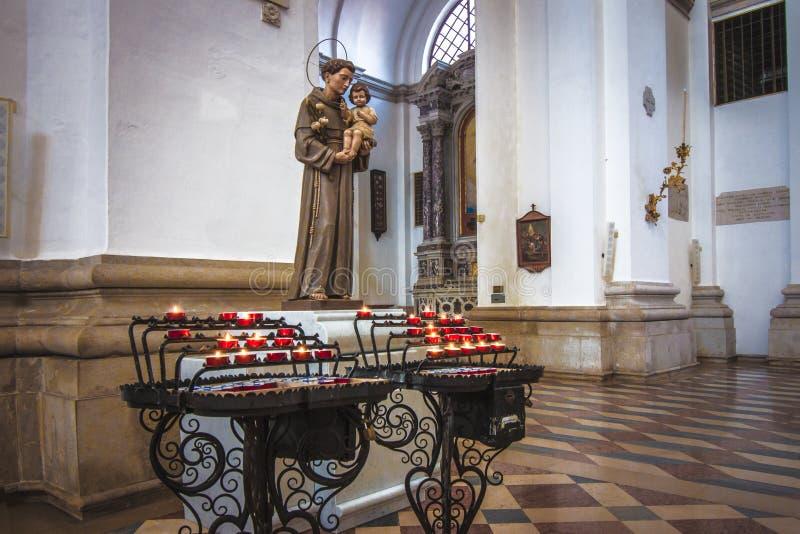 Εσωτερική διακόσμηση στον καθεδρικό ναό της Πάδοβας Ιταλία Δημόσιος χώρος στοκ φωτογραφίες