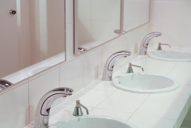 εσωτερική τουαλέτα μερών στοκ εικόνες