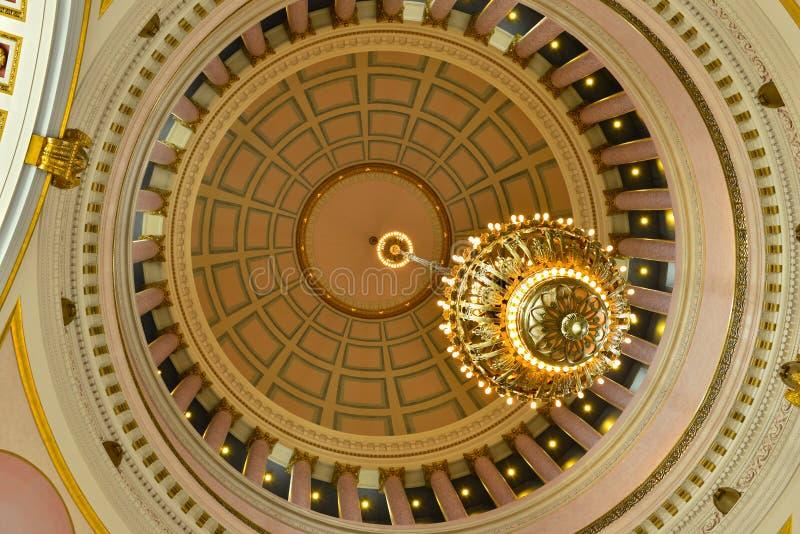 Εσωτερικοί θόλος και πολυέλαιος Capitol πολιτεία της Washington στοκ φωτογραφία με δικαίωμα ελεύθερης χρήσης