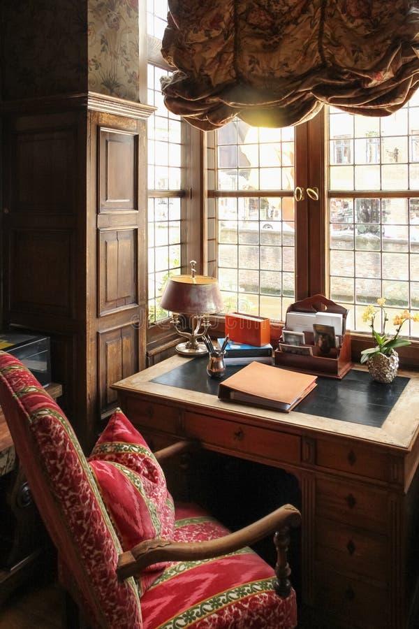 εσωτερικός Άνετος χώρος γραφείου στοκ φωτογραφία με δικαίωμα ελεύθερης χρήσης