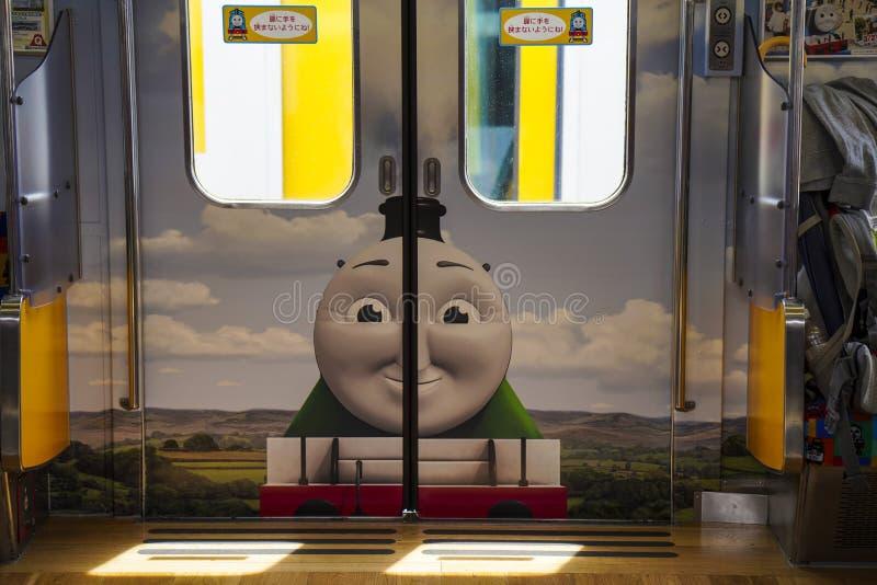 Εσωτερικός πυροβολισμός του τραίνου εδάφους του Thomas στο σταθμό Kawaguchiko στοκ φωτογραφία