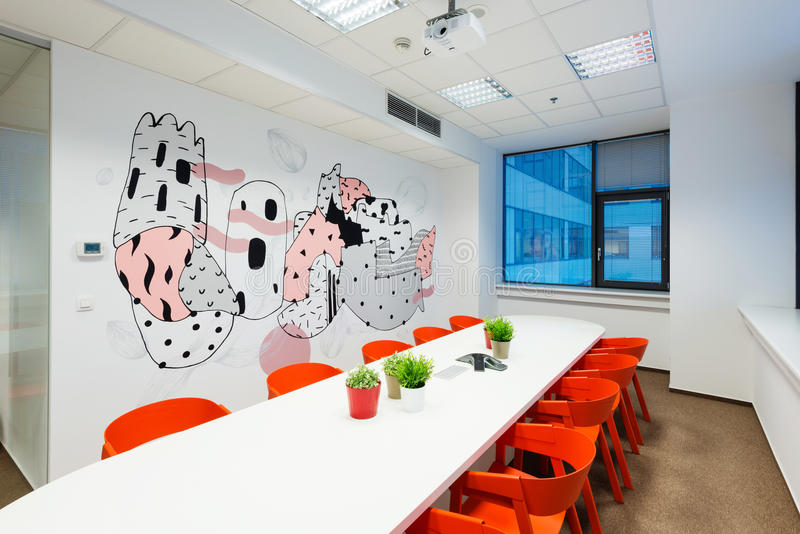 Εσωτερικό γραφείων που δημιουργείται από Kivvi τους αρχιτέκτονες, Μπρατισλάβα, Σλοβακία στοκ εικόνες