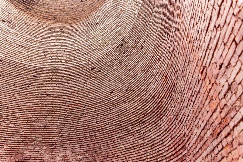 Εσωτερικό ενός κλιβάνου τούβλου σε ένα εργοστάσιο τούβλου του Ben Tre, Mekong του δέλτα περιοχή, του Βιετνάμ r στοκ φωτογραφία