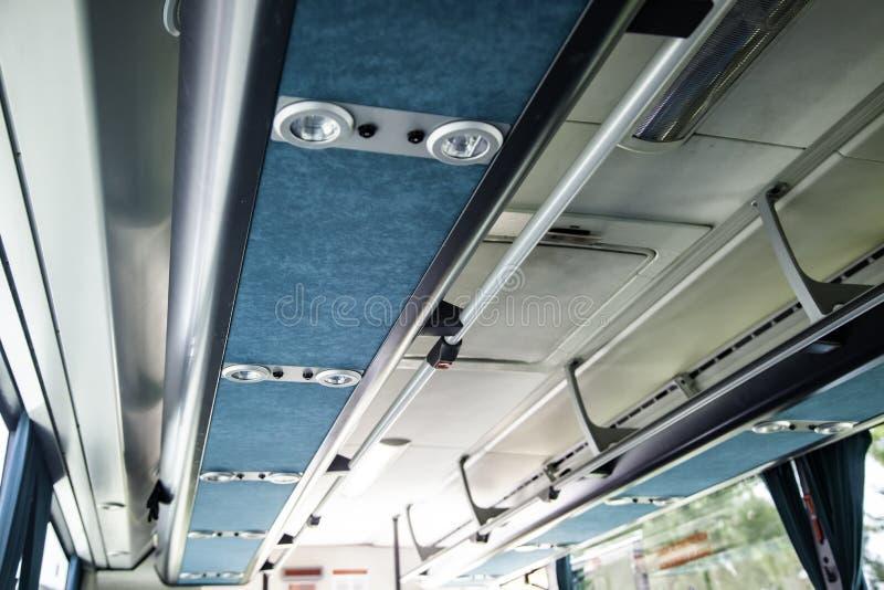 Εσωτερικό ενός σύγχρονου λεωφορείου στοκ εικόνα με δικαίωμα ελεύθερης χρήσης