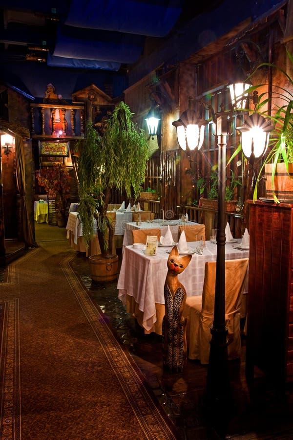εσωτερικό εστιατόριο τη&l στοκ εικόνα με δικαίωμα ελεύθερης χρήσης