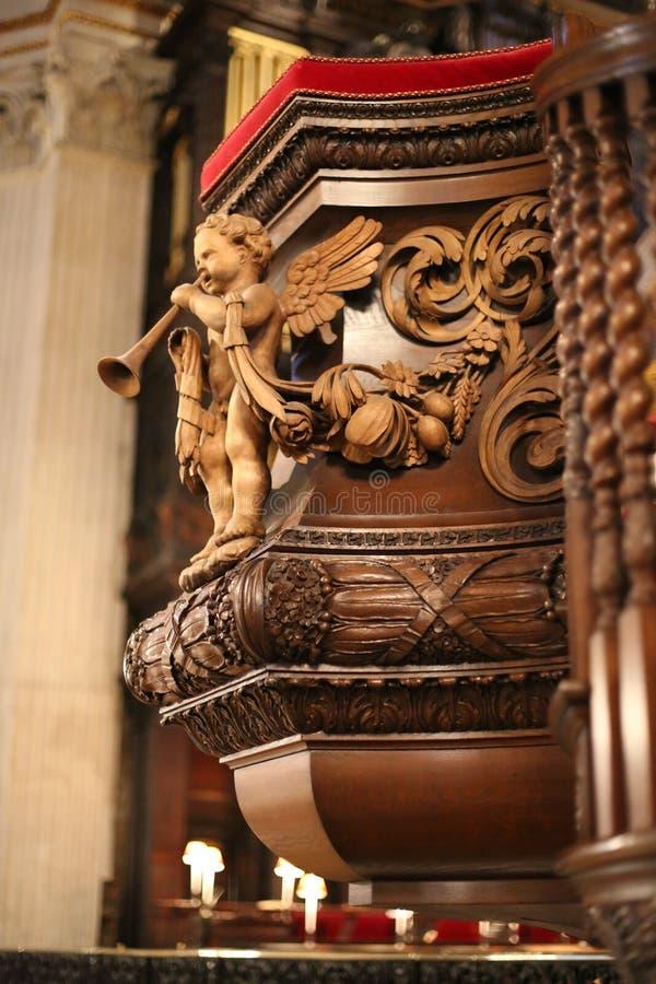 Εσωτερικό καθεδρικών ναών του ST Pauls στοκ εικόνα