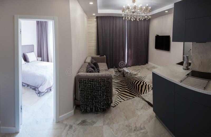 Εσωτερικό, κουζίνα, λουτρό, καθιστικό, διάδρομος, διάδρομος, μελέτη στοκ εικόνες με δικαίωμα ελεύθερης χρήσης