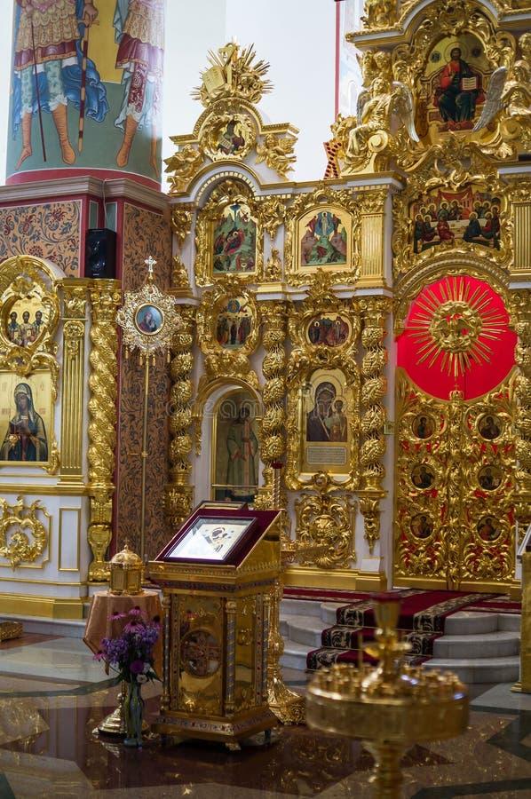 Εσωτερικό μιας ρωσικής Ορθόδοξης Εκκλησίας στην περιοχή Kaluga στοκ εικόνα με δικαίωμα ελεύθερης χρήσης