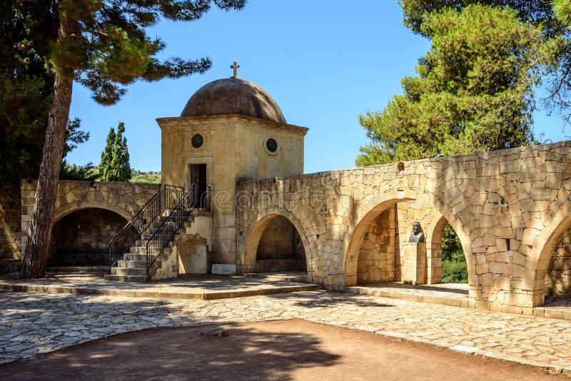 Εσωτερικό μοναστήρι κήπων Arkadi, Κρήτη, Ελλάδα στοκ εικόνα