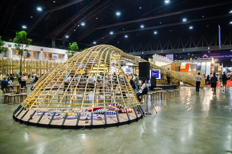 Εσωτερικό περίπτερο σχεδίου που ενισχύεται με το μπαμπού σε κυρτό που διαμορφώνεται στον αρχιτέκτονα 18 EXPO στοκ φωτογραφία με δικαίωμα ελεύθερης χρήσης