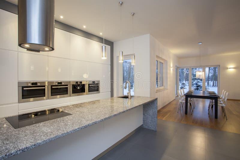 Εσωτερικό σχεδιαστών - κουζίνα στοκ εικόνα