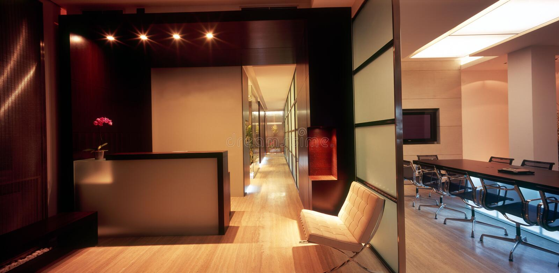 εσωτερικό σύγχρονο γραφείο στοκ εικόνα με δικαίωμα ελεύθερης χρήσης