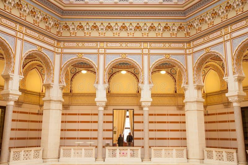 Εσωτερικό της κύριας αίθουσας του Vijecnica, της πρώην βιβλιοθήκης και της αίθουσας πόλεων του Σαράγεβου, στοκ εικόνες