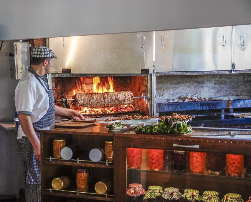 Εσωτερικό τουρκικό εστιατόριο στοκ φωτογραφία