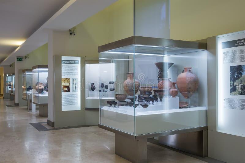 Εσωτερικό του εθνικού μουσείου Etruscan που στεγάζεται στη βίλα Giu στοκ εικόνες