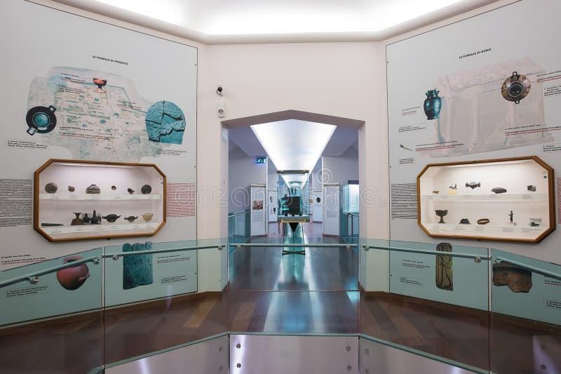 Εσωτερικό του εθνικού μουσείου Etruscan που στεγάζεται στη βίλα Giu στοκ εικόνα με δικαίωμα ελεύθερης χρήσης