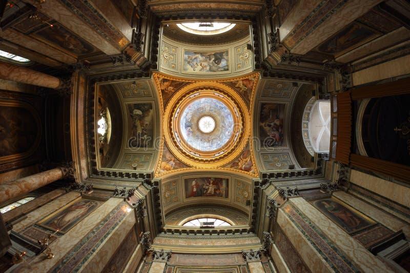 Εσωτερικό του θόλου, της βασιλικής των Αγίων John και του Paul στοκ φωτογραφίες