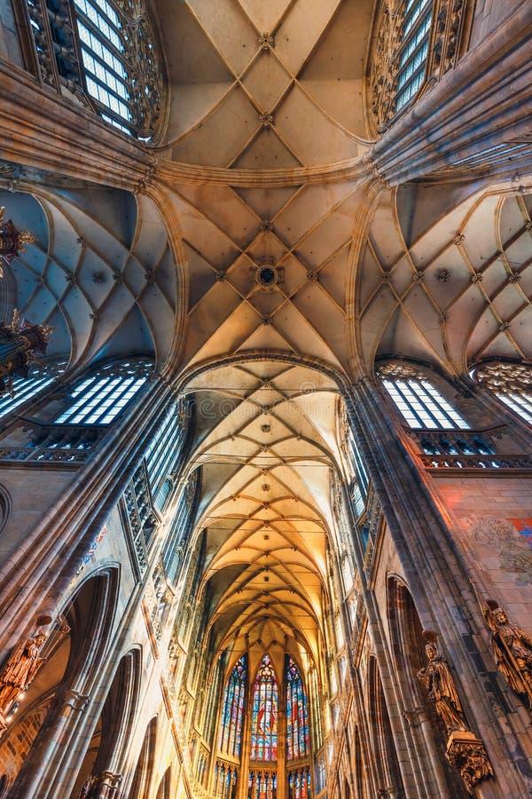 Εσωτερικό του καθεδρικού ναού του ST Vitus στο Κάστρο της Πράγας, Δημοκρατία της Τσεχίας στοκ φωτογραφία με δικαίωμα ελεύθερης χρήσης