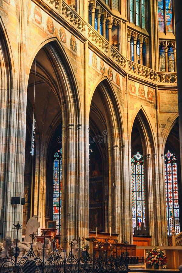 Εσωτερικό του καθεδρικού ναού του ST Vitus στο Κάστρο της Πράγας, Δημοκρατία της Τσεχίας στοκ εικόνες με δικαίωμα ελεύθερης χρήσης