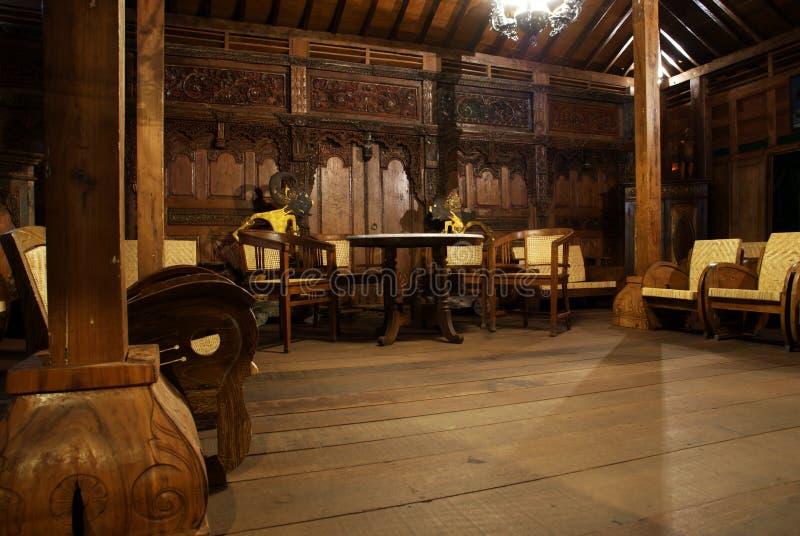 Εσωτερικό του κλασικού καθιστικού του της Ιάβας σπιτιού στοκ φωτογραφία