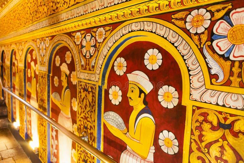 Εσωτερικό του ναού του ιερού λειψάνου δοντιών (Sri Dalada Maligwa) σε Kandy - τη Σρι Λάνκα στοκ εικόνες με δικαίωμα ελεύθερης χρήσης