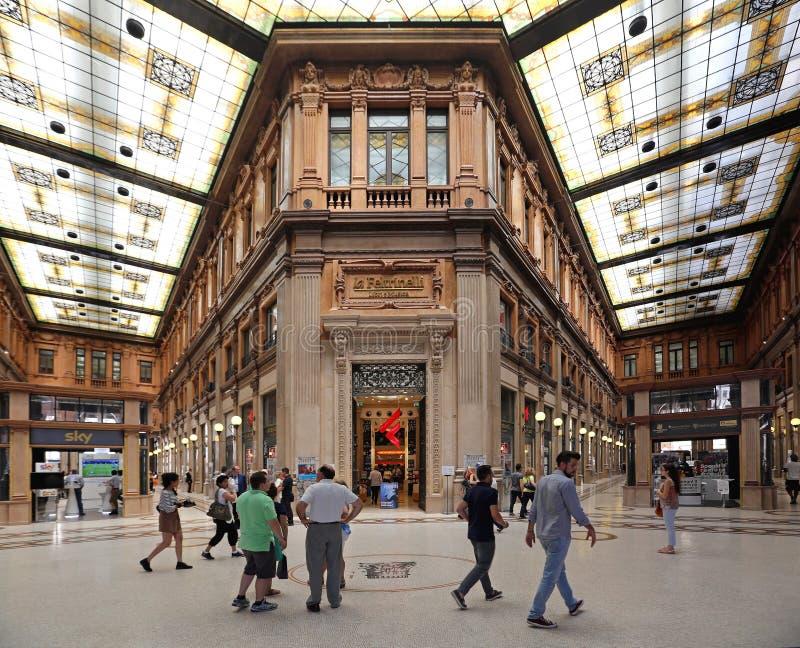 Εσωτερικό του Alberto Sordi Galleria στοκ φωτογραφίες