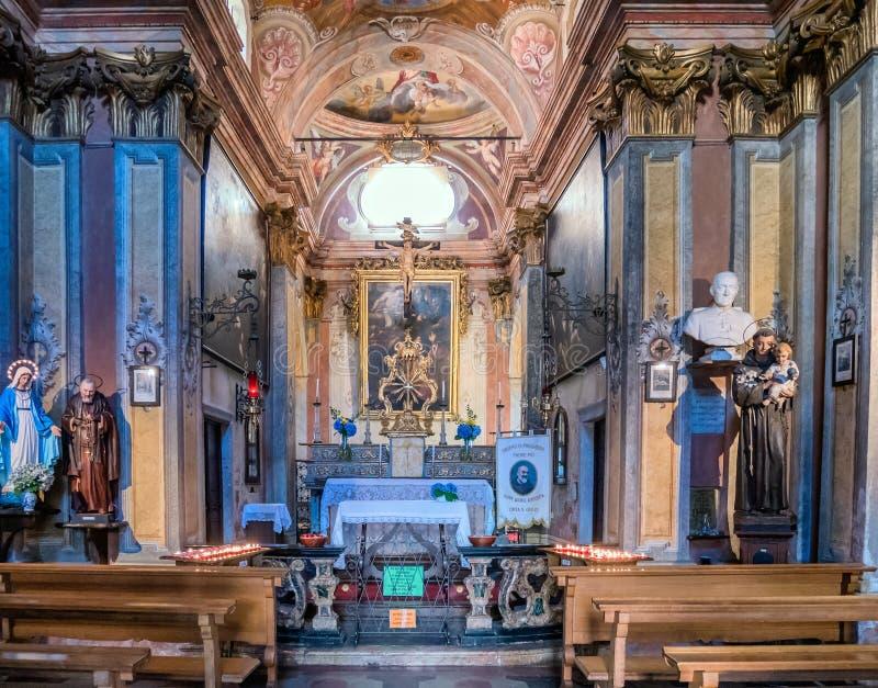 Εσωτερικό του Chiesa Di SAN Rocco σε Orta SAN Giulio στοκ εικόνες