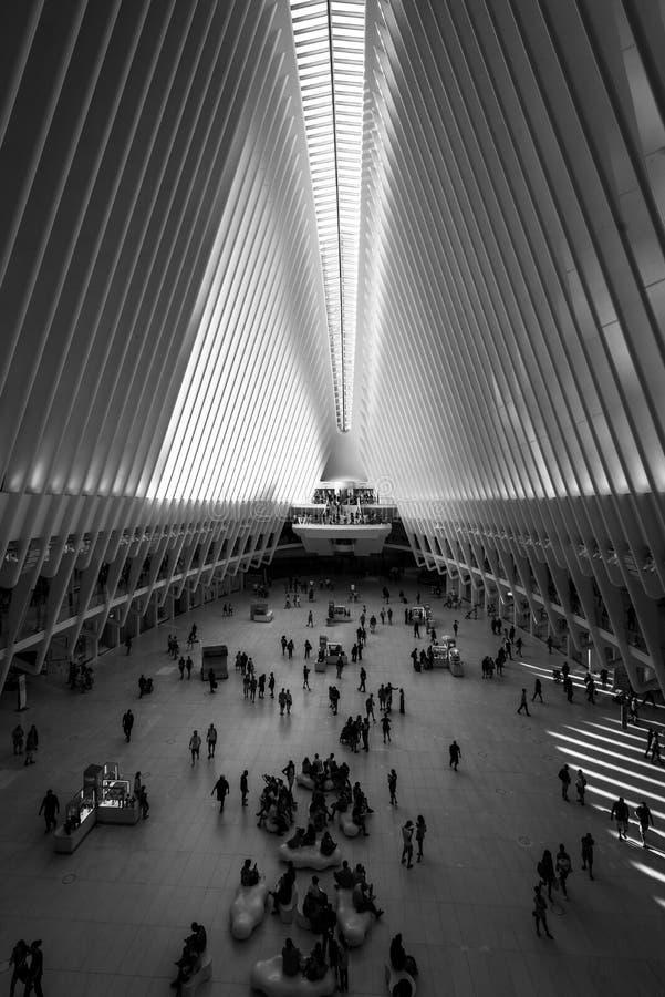 Εσωτερικό του Oculus, στο Μανχάταν, πόλη της Νέας Υόρκης στοκ φωτογραφία