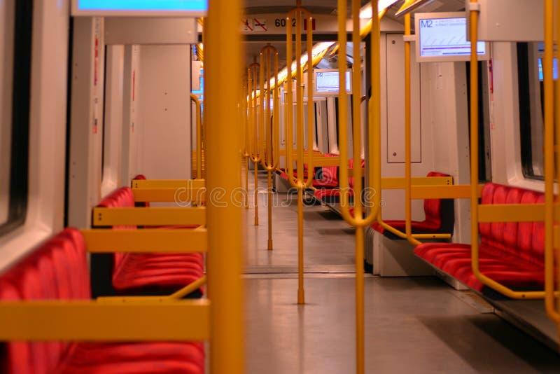 Εσωτερικό τραίνων μετρό στοκ φωτογραφίες με δικαίωμα ελεύθερης χρήσης