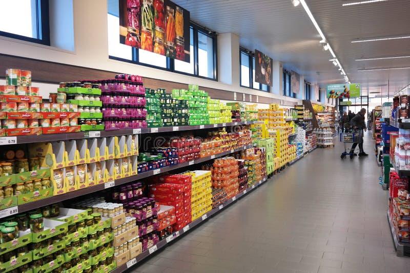 Εσωτερικό υπεραγορών ALDI Nord στοκ φωτογραφία με δικαίωμα ελεύθερης χρήσης