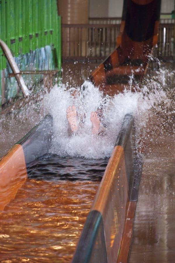 εσωτερικό ύδωρ παφλασμών φωτογραφικών διαφανειών πάρκων διασκέδασης waterpark στοκ εικόνα