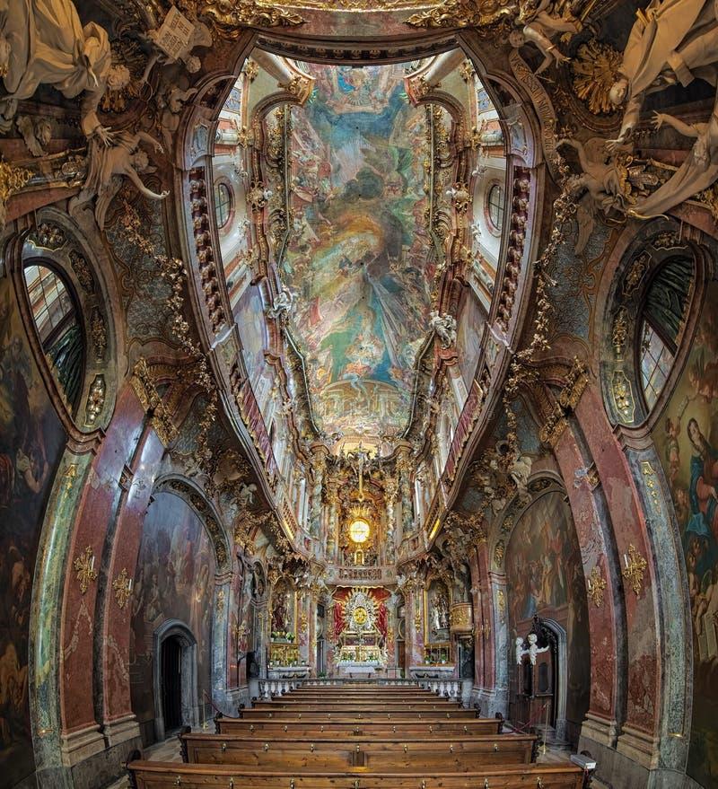 Εσωτερικό Asamkirche στο Μόναχο, Γερμανία στοκ φωτογραφία με δικαίωμα ελεύθερης χρήσης