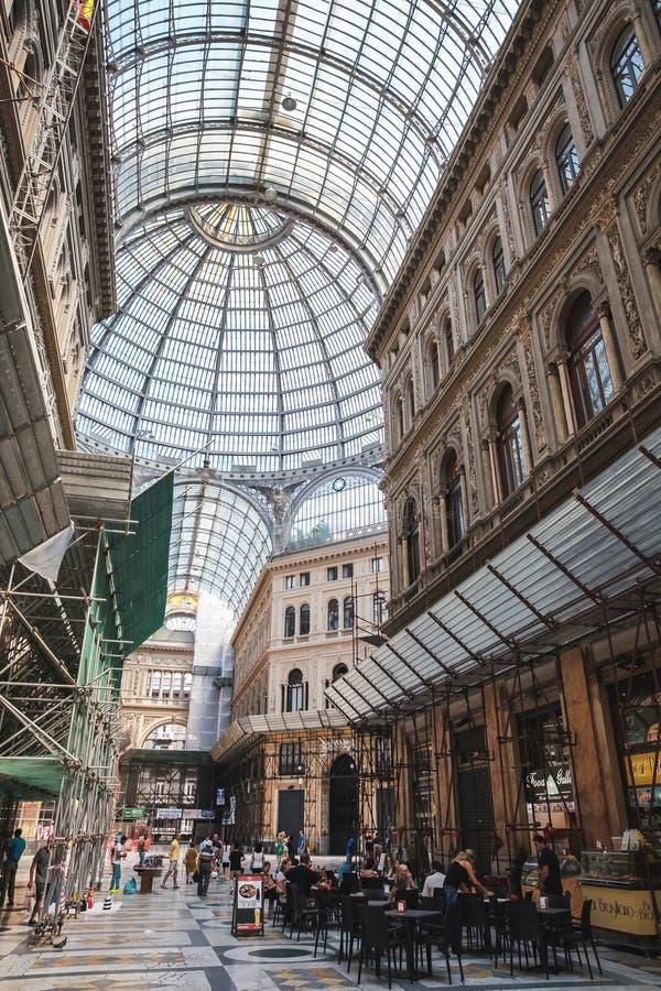 Εσωτερικό Galleria Umberto I, Νάπολη στοκ εικόνα με δικαίωμα ελεύθερης χρήσης