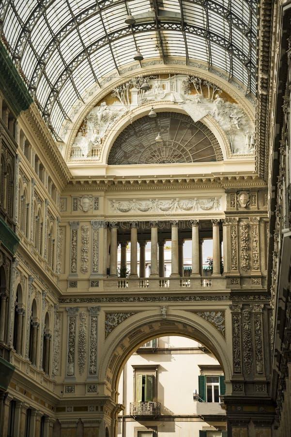 Εσωτερικό Galleria Umberto I στη Νάπολη στοκ φωτογραφίες