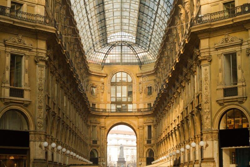 Εσωτερικό Vittorio Emanuele Galleria στοκ φωτογραφία