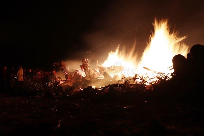 Ετήσια τοπική του χωριού φωτιά σε Potzbach, Γερμανία στοκ φωτογραφία