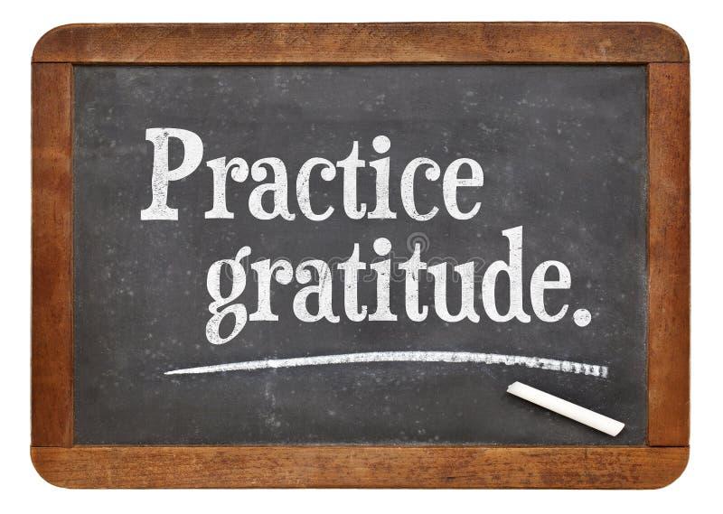 Ευγνωμοσύνη πρακτικής στον πίνακα στοκ εικόνες