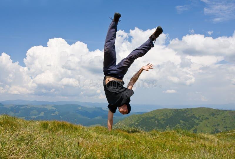 ευκίνητα ευτυχή βουνά ατό στοκ εικόνες με δικαίωμα ελεύθερης χρήσης