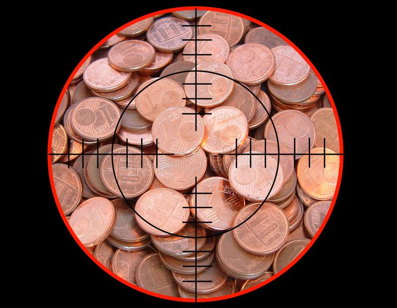 Ευρο- νομίσματα κάτω από το πυροβολισμό στοκ φωτογραφία με δικαίωμα ελεύθερης χρήσης
