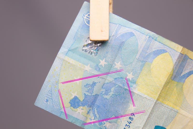 Ευρο- νόμισμα της νομικής προσφοράς, για να αγοράσει μέσα την αγορά στοκ φωτογραφία με δικαίωμα ελεύθερης χρήσης