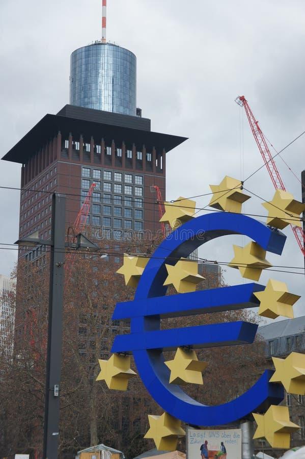 Ευρο- ορόσημο Φρανκφούρτη στοκ εικόνες
