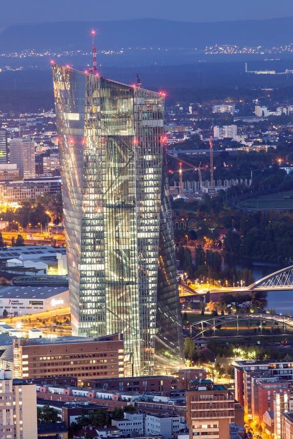 Ευρωπαϊκή Κεντρική Τράπεζα στον κεντρικό αγωγό της Φρανκφούρτης, Γερμανία στοκ εικόνα με δικαίωμα ελεύθερης χρήσης