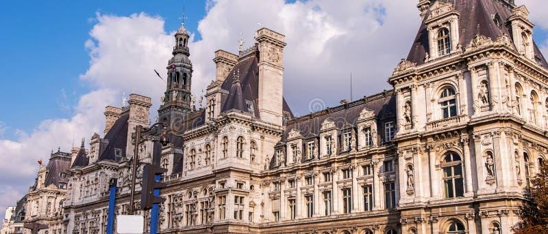 Ευρύ πανόραμα Hotel de Ville στο Παρίσι στοκ εικόνα με δικαίωμα ελεύθερης χρήσης