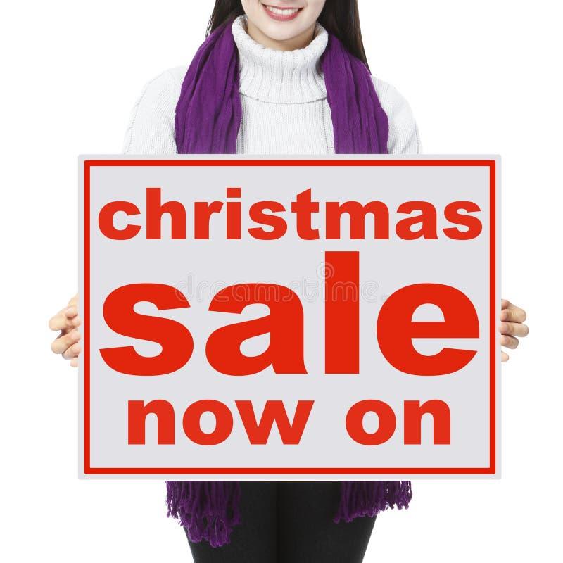 ευτυχές λευκό αγορών πώλησης κοριτσιών Χριστουγέννων ανασκόπησης στοκ εικόνες με δικαίωμα ελεύθερης χρήσης