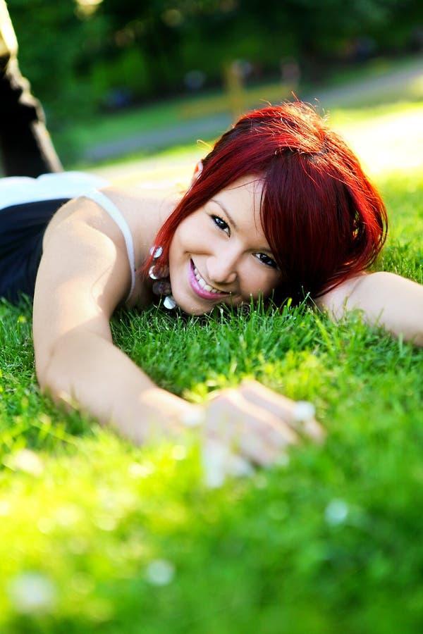 Ευτυχές κορίτσι στοκ εικόνα με δικαίωμα ελεύθερης χρήσης