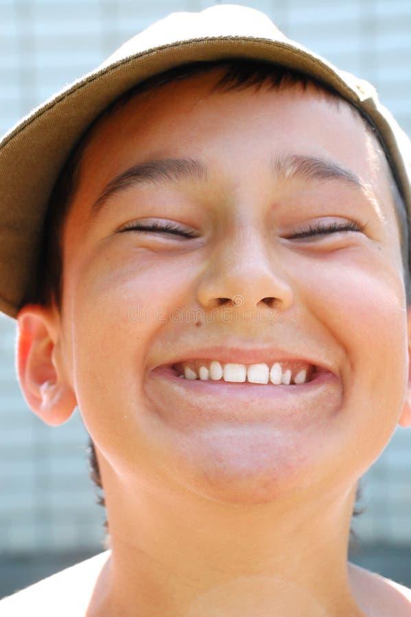 ευτυχές χαμόγελο αγορ&iot στοκ φωτογραφίες