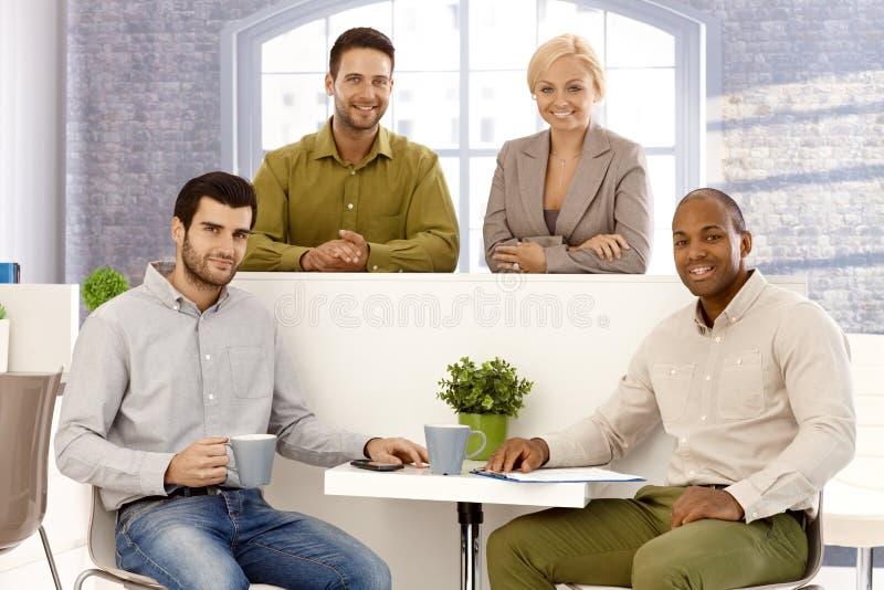 Ευτυχές businessteam στοκ φωτογραφίες με δικαίωμα ελεύθερης χρήσης